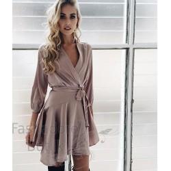 Õhuline kleit vööga
