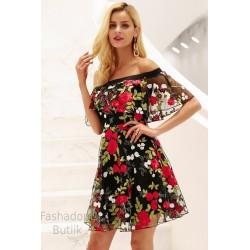 Tikandiga kleit